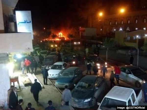 லிபியாவில் பயங்கரம்.. மசூதி முன்பு இரட்டை குண்டுவெடிப்பு.. 22 பேர் பலி
