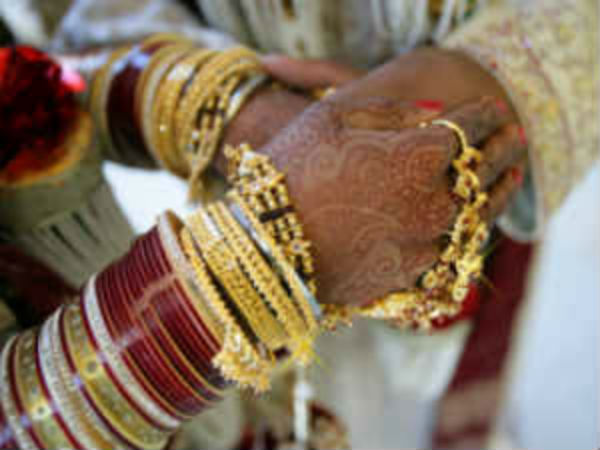 Lucknow Bride Cancels Marriage After Drunkards Assaulted Her Brother