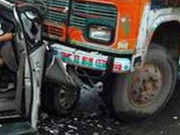 A Car and Lorry hits: NLC chief engineer and wife dead