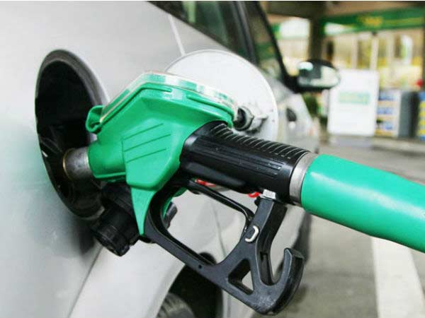Petrol, Diesel price fly high-States refuse to cut Taxes