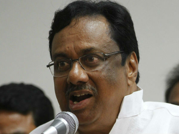 EVKS Elangovan opposes Jayalalitha photo in Assembly