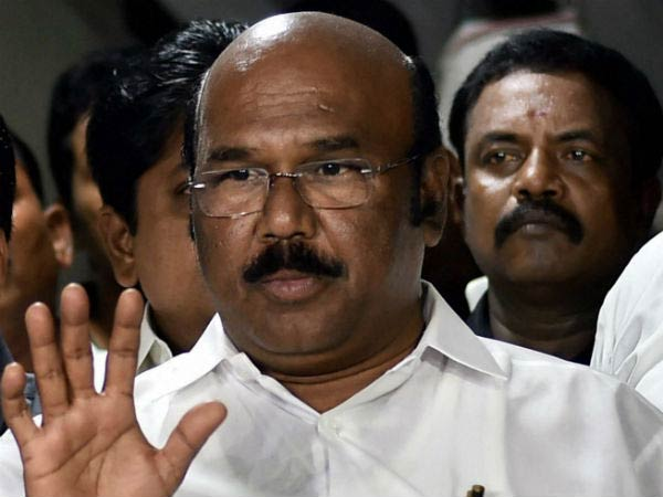 Minister Jayakumar slams the criticisers of Jayalalitha statue