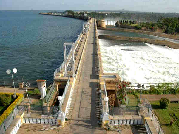 Karnataka government opens Cauvery water from Kabini Dam