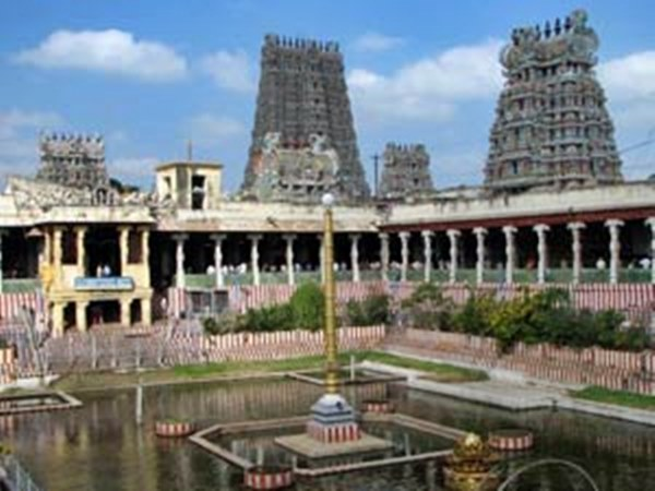 Mobiles ban to Madurai's Meenakshi Amman temple on March 3