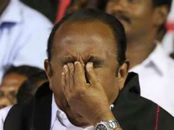 Vaiko cried at stage for his party cadre set ablaze