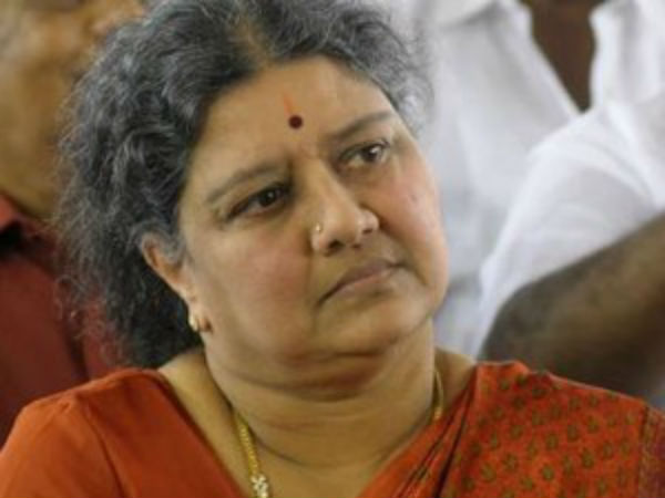 Sasikala under pressure from Family