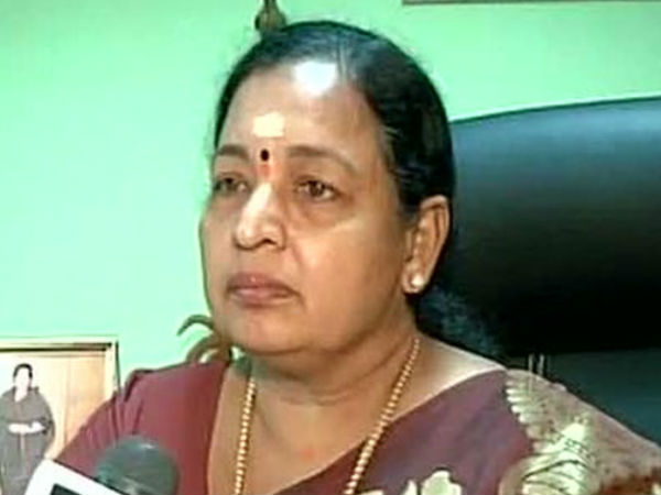 C.R.Saraswathy says rather commits suicide MPs may resign or give no confidence motion