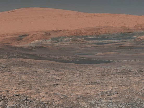 Mars Rover Curiosity Marks 2000th Day On Red Planet