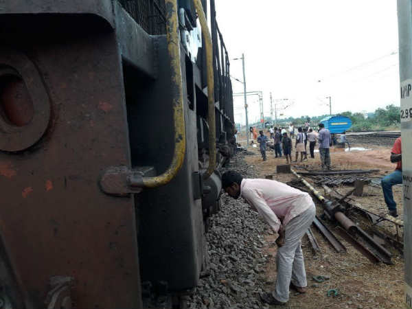 Passenger rail derails in Nagercoil