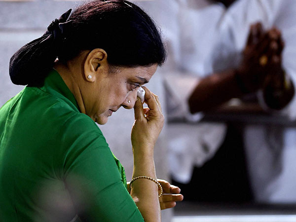 Bangalore prison rejected Parole for sasikala