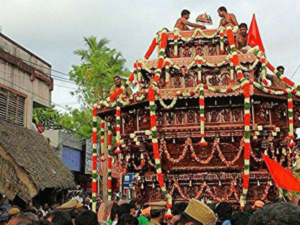 Temple festival in Thanjavur Big Temple
