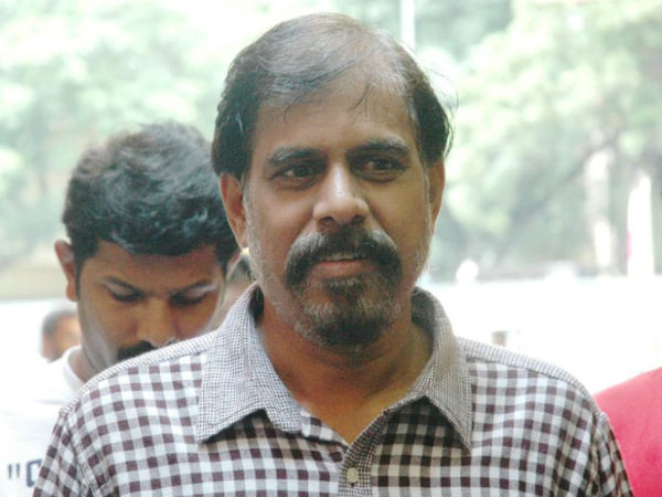 RK Selvamani says that after Jayalalitha noone opposes the Centre