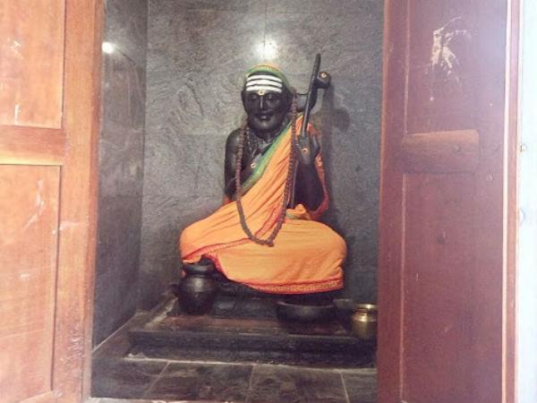 தன்வந்திரி பீடத்தில் ஆதிசங்கரர் அவதார தினம் - சிறப்பு ஹோமங்கள்