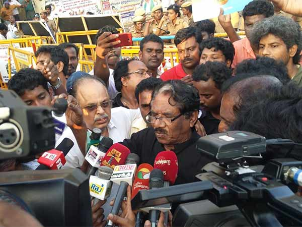 Modi is not doing anything for Tamilnadu says, Bharathiraja