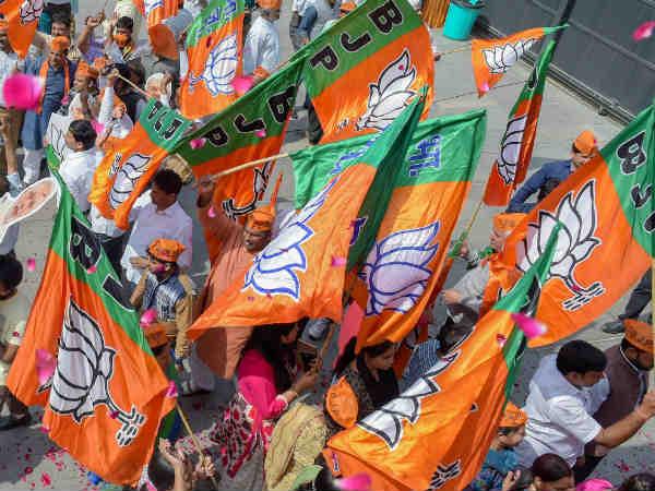 கர்நாடகா தேர்தல் 2018: பாஜகவின் 3ம் கட்ட வேட்பாளர் பட்டியல் வெளியானது!