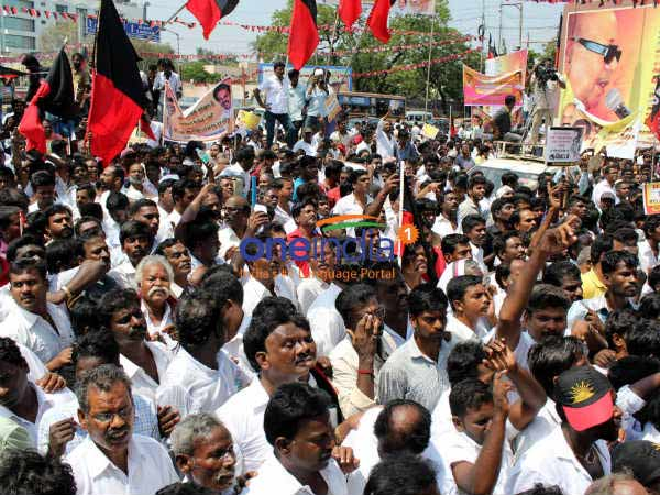Bus strike announced by CITU to support Cauvery protest on April 5