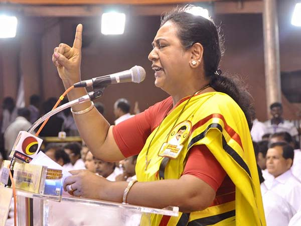 Premalatha attacks TN government in free wifi in Tiruvarur