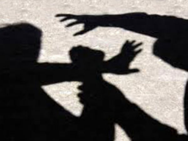 6th std girl sexual harassed by 70 years old man near Salem