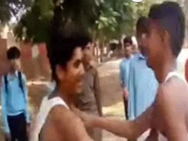 A Pakistan student dies during a slap fight game in School