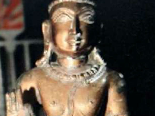 Temple Priest arrest for Idol theft at Kanchi