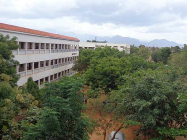 28 Engineering Colleges are closed by this Year