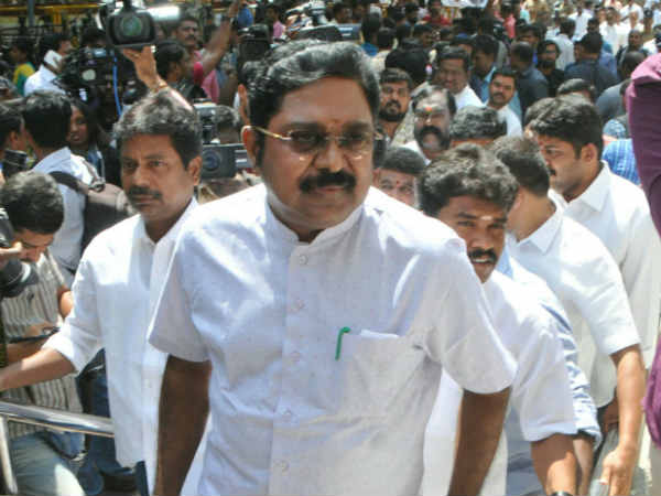 Will request CM Edappadi to Resign says TTV Dhinakaran
