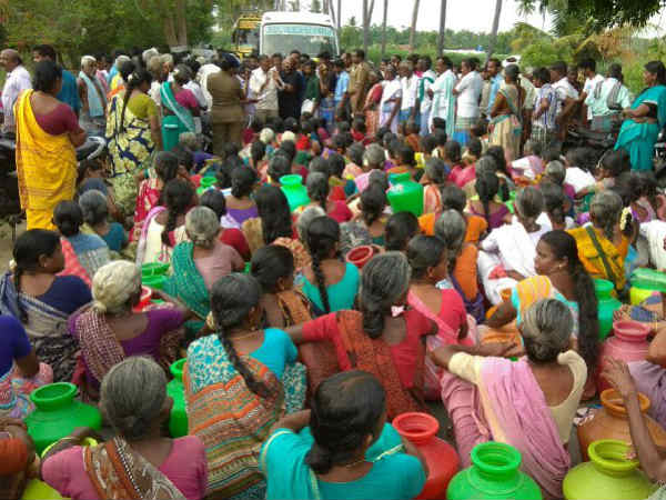 strike the road by asking drinking water near gopi