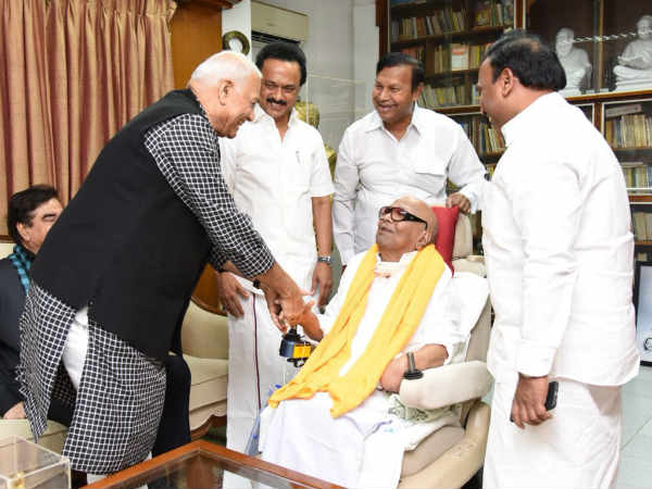 Yashwant sinha meets karunanidhi and stalin