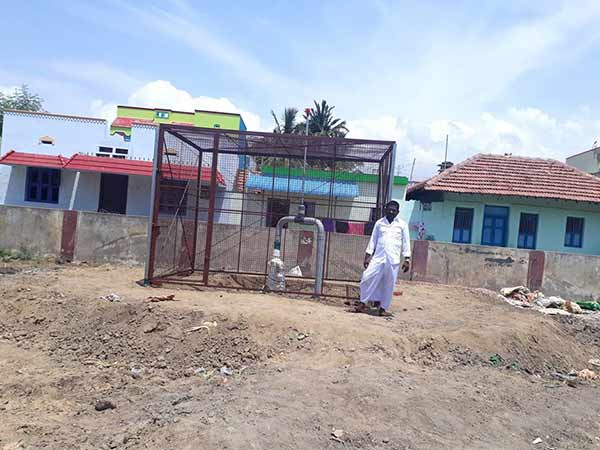 Villagers setup themselves Borewel in lKaruthakud, Ramnad Dist,