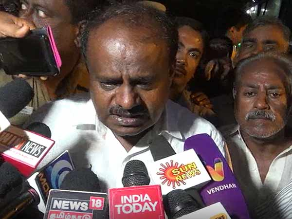 Karnataka CM H.D. Kumarasamy says that he is obligated to Congress only