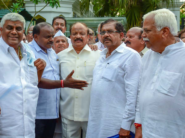 JDS MLAs may fly to Cochin this evening