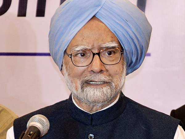 Manmohan Singh writes to President of India over PM Modi