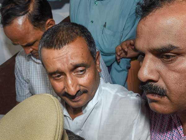 Unnao rape case: 2 man posed as CBI officers to loot Rs. 1 Cr from Kuldeeps home
