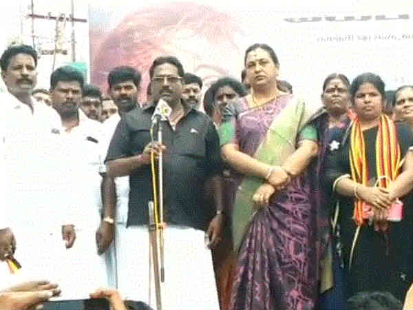 TN Govt. should permanently close the Sterlite plant: DMDK Premalatha