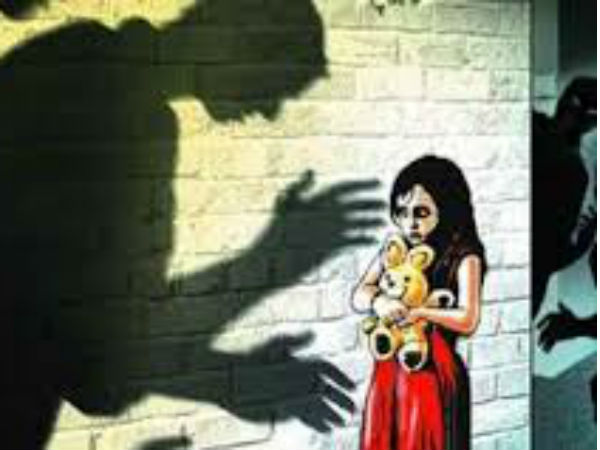 Sexual abuse at 7 year old girl near Pudukottai