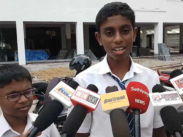 2 children complained to their father in Kovai