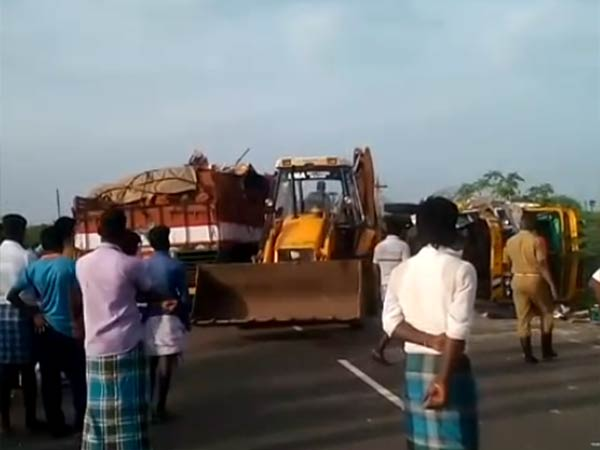 3 lorries collision near Viralimalai-3 people died