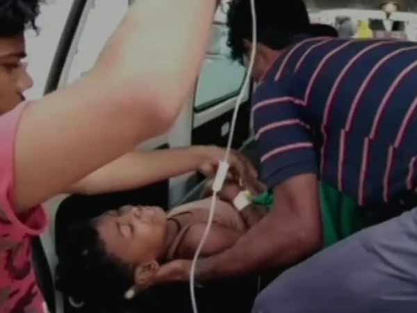 பீகாரில் குளத்தில் கார் கவிழ்ந்த விபத்தில் 6 குழந்தைகள் பரிதாப பலி