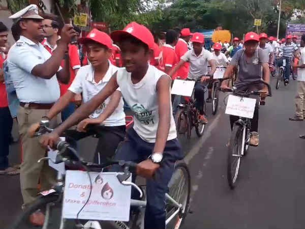 blood donation cycle rally in coimbatore