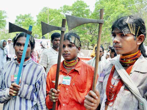 Dongria kondh tribes pay tribute to martyrs of Tuticorin