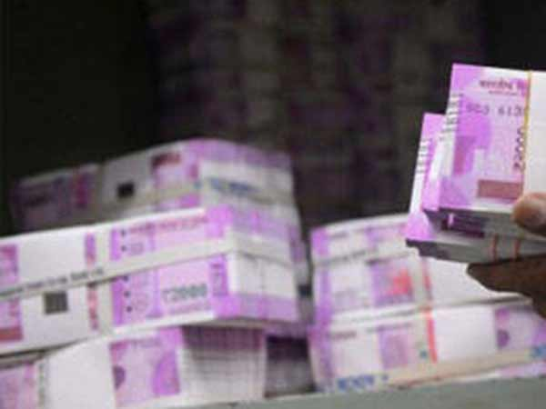 Currency with public now reaches a record Rs 18.5 lakh crore