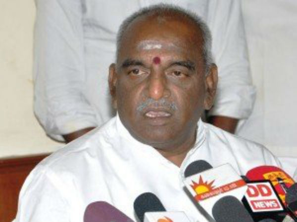Stalin keeps escaping from assembly: Ponradhakrishnan
