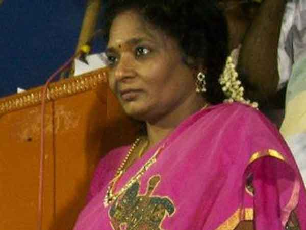 Attack attempt on Tamilisai in Singaperumal Koil