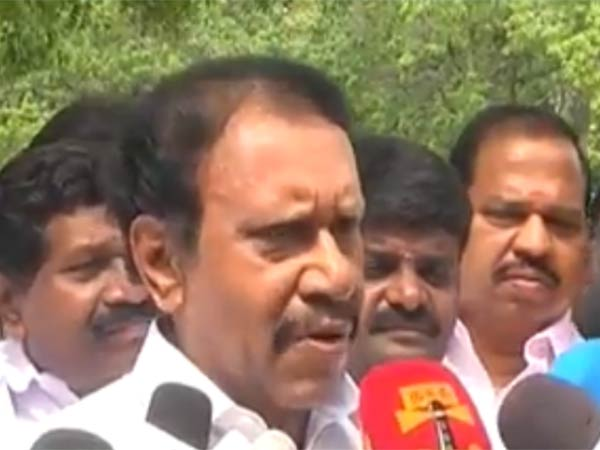 Thambidurai says that S.Ve.Shekher is not that much politician