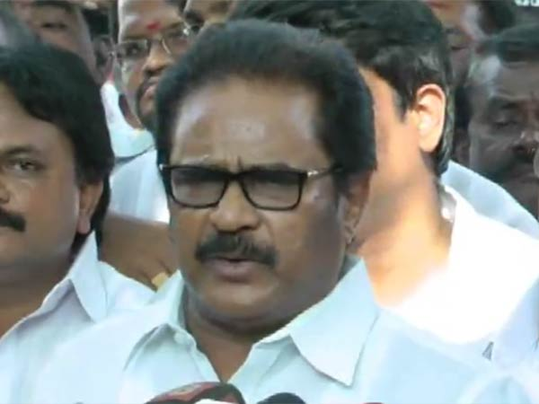 Rajini Kamal wont able to Succeed in TN says Thirunavukkarasar