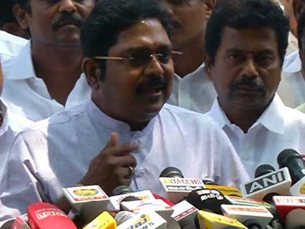 Central Government to Dissolve TN Government says TTV Dhinakaran