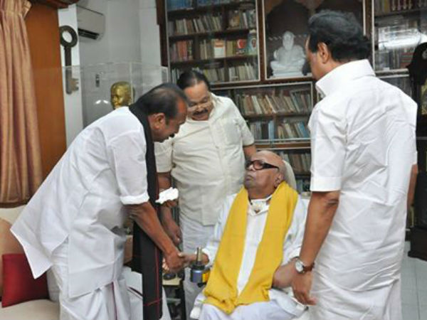 Vaiko wishes DMK Leader M.Karunanidhi for his 95th birthday