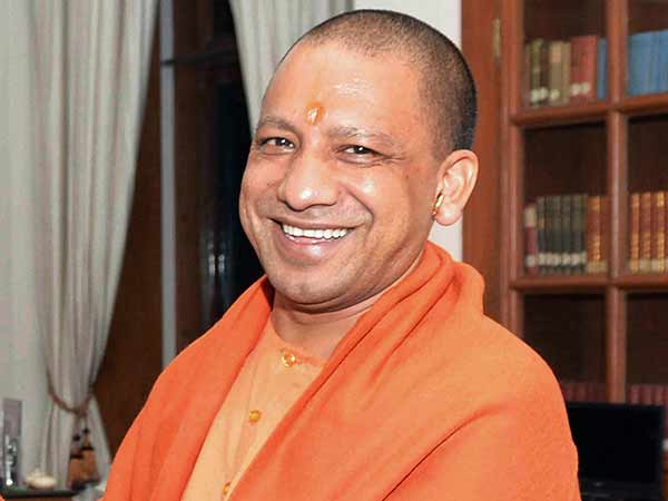 Yogi Adityanath refuses to wear Cap at Kabir Shrine
