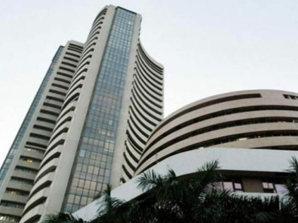 Share market: Sensex goes upto 400 points