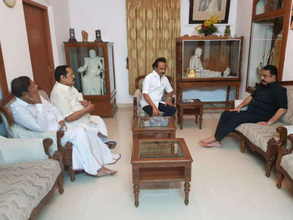 No political leader met Karunanidhi at his house